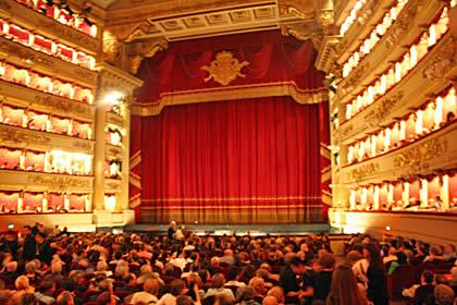 Wer Bringt In Italien Die Weihnachtsgeschenke.Geschenkideen Und Spezialitäten Aus Italien Anregungen Für Italienfans